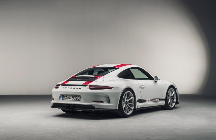 Porsche 911 R-12