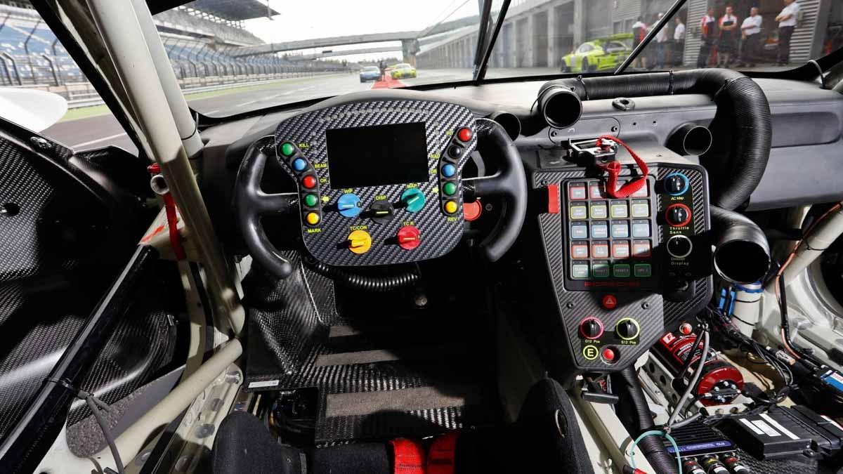 Porsche-911-RSR-v-GT3-R-v-GT3-Cup-8-5
