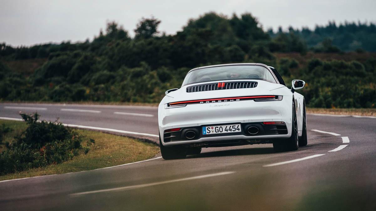 Porsche-911-Targa-4S-12