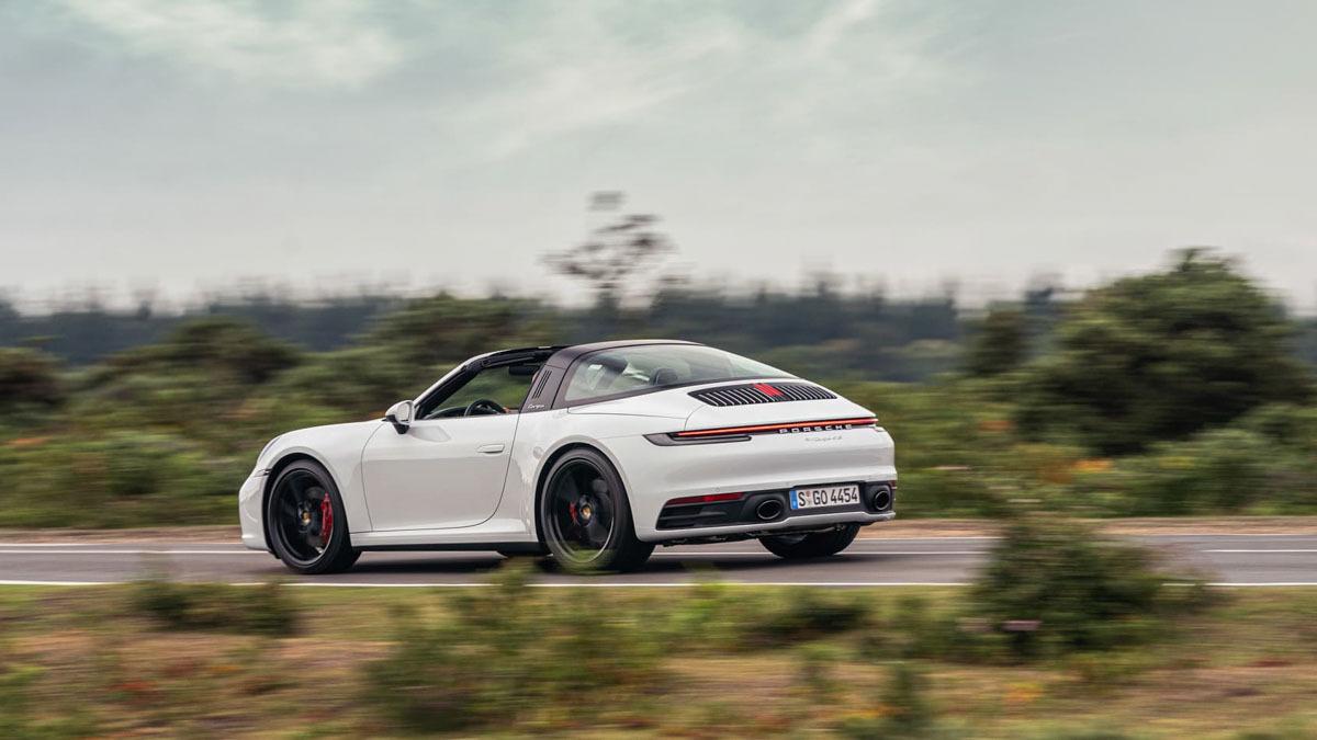 Porsche-911-Targa-4S-13