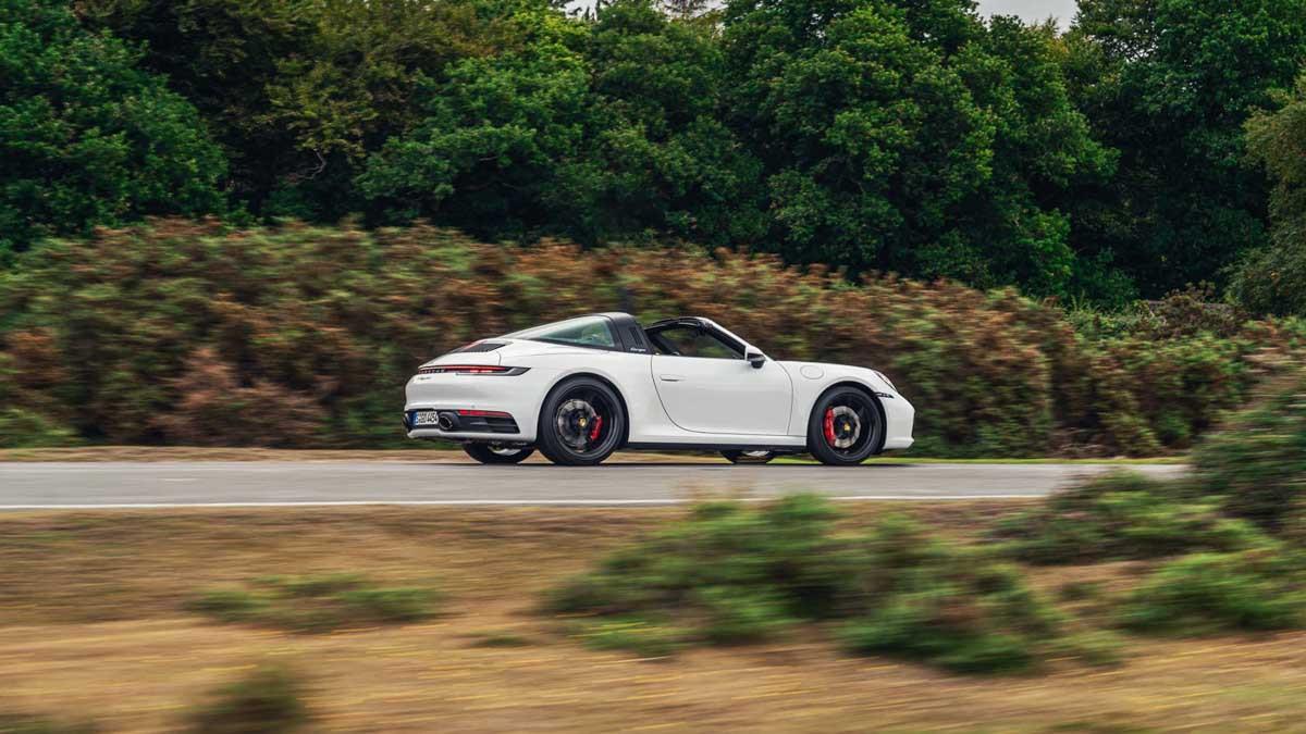 Porsche-911-Targa-4S-5