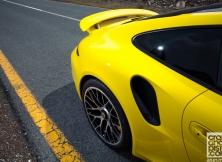 porsche-911-turbo-s-mclaren-12c-spider-02