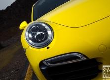 porsche-911-turbo-s-mclaren-12c-spider-09