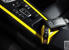 porsche-911-turbo-s-mclaren-12c-spider-14
