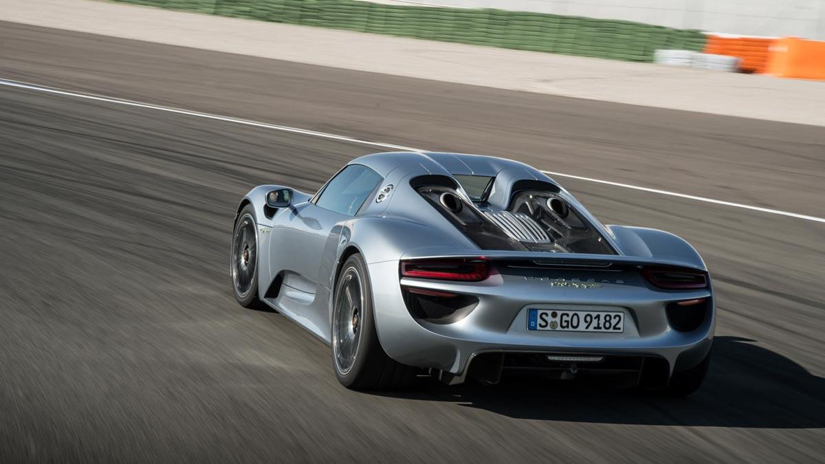 Porsche-918-Spyder-review-6