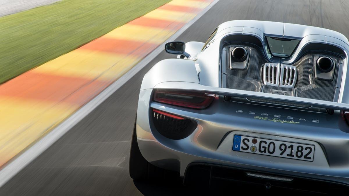 Porsche-918-Spyder-review-7