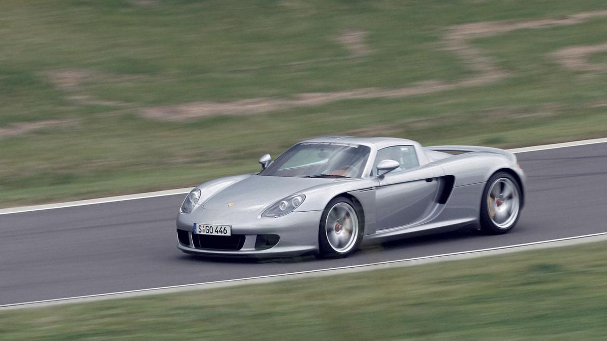 Porsche-Carrera-GT-2