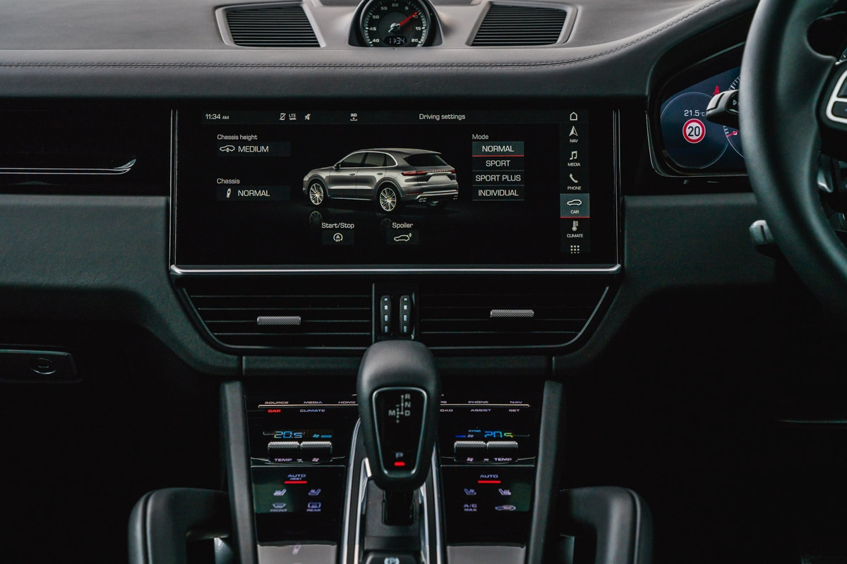 Porsche Cayenne Turbo 2018 review-19