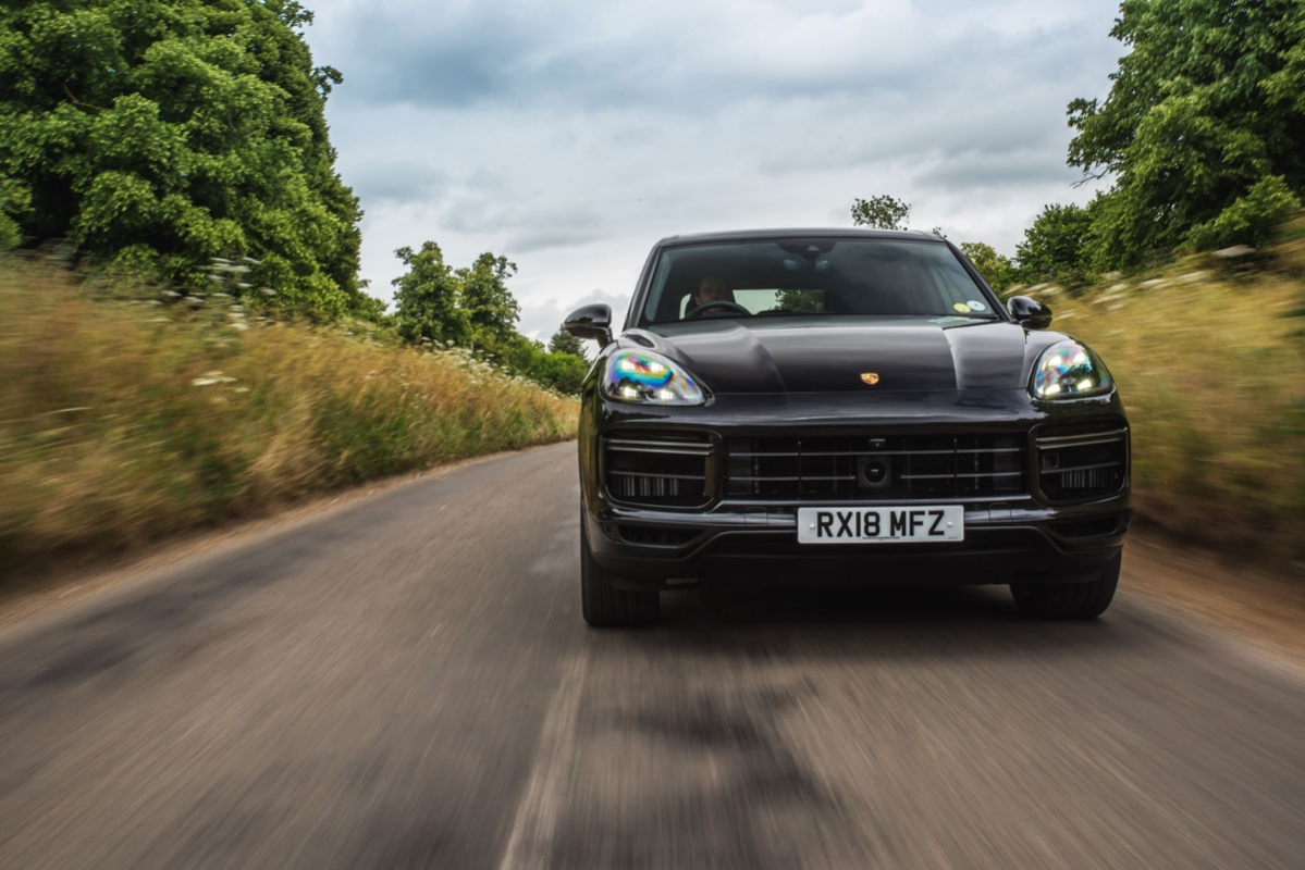 Porsche Cayenne Turbo 2018 review-2