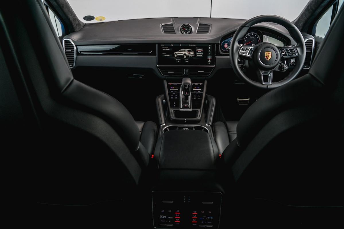 Porsche Cayenne Turbo 2018 review-21