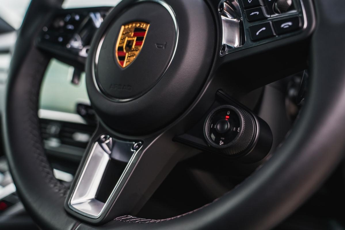 Porsche Cayenne Turbo 2018 review-22