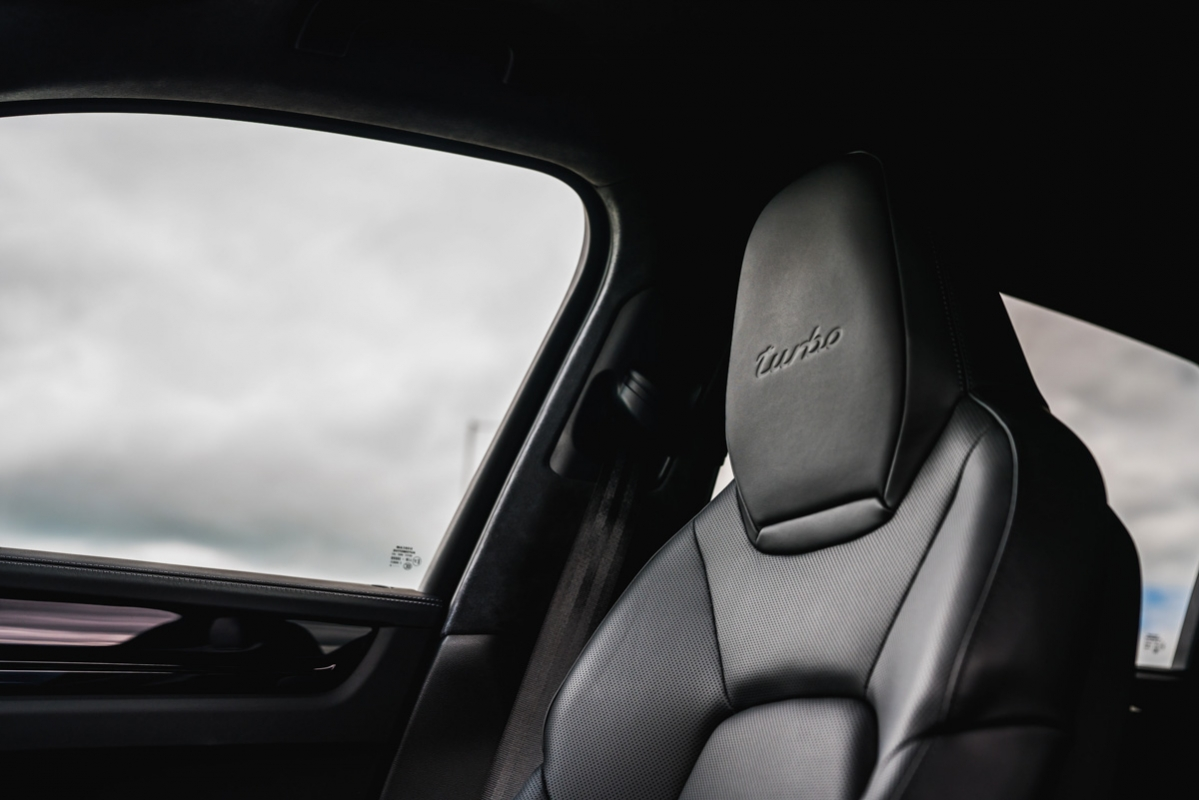 Porsche Cayenne Turbo 2018 review-27