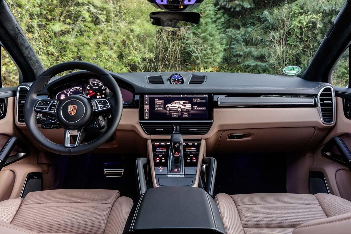 Porsche Cayenne Turbo 2018 review-40