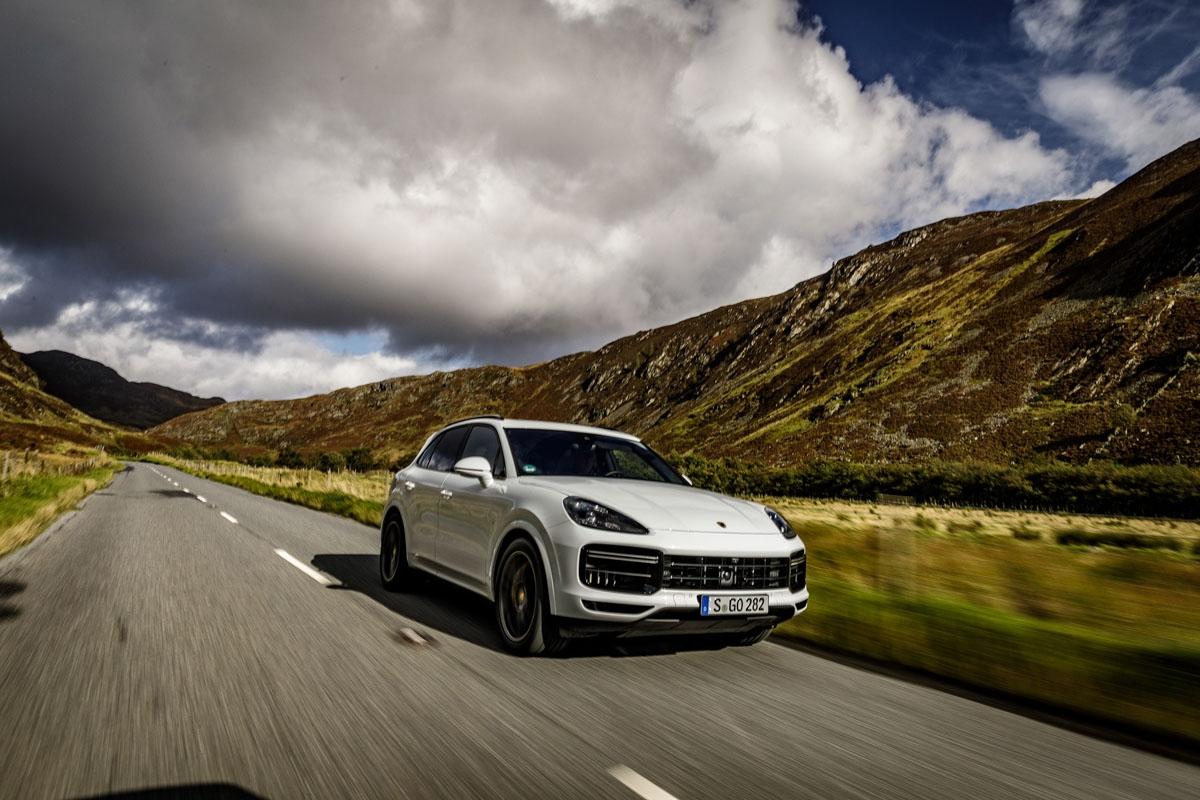 Porsche Cayenne Turbo 2018 review-42