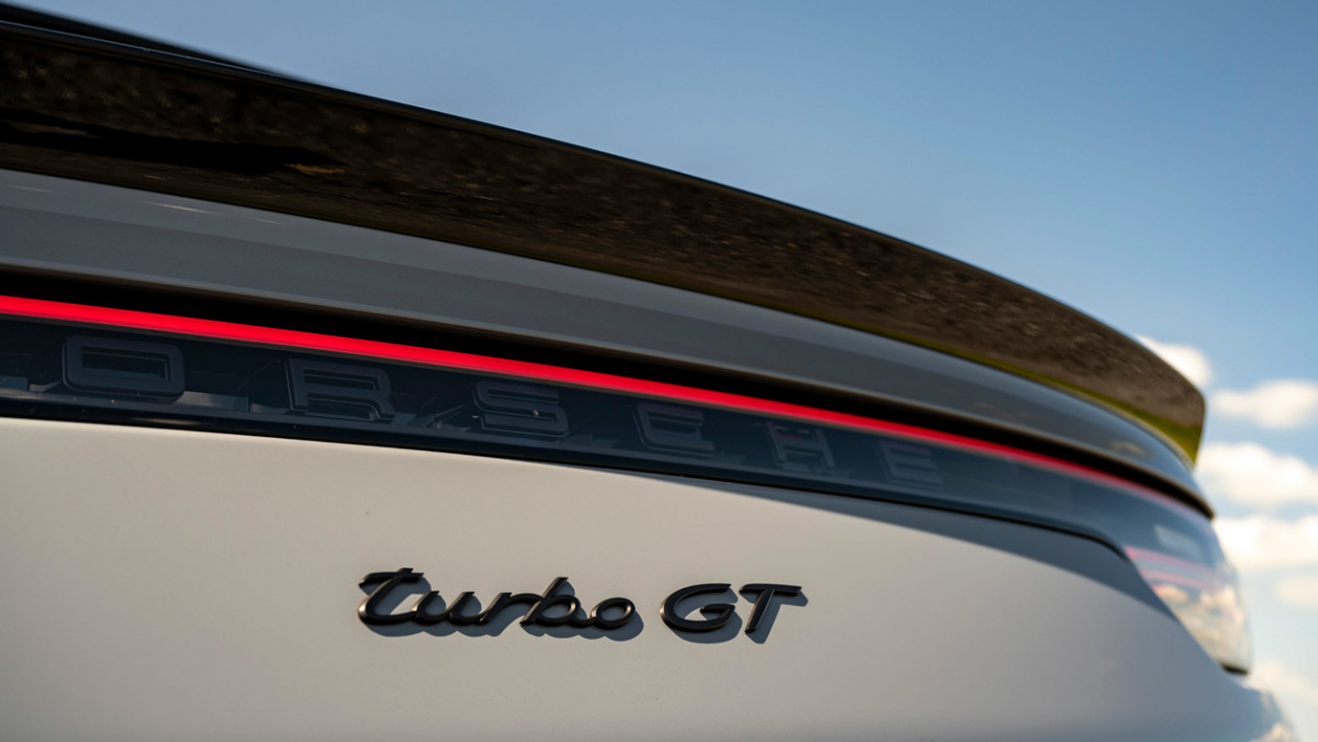 Porsche-Cayenne-Turbo-GT-4