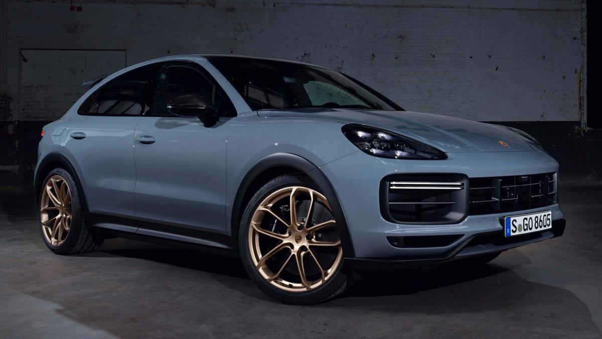 Porsche-Cayenne-Turbo-GT-9