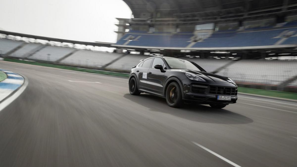 Porsche-Cayenne-Turbo-S-Coupe-1