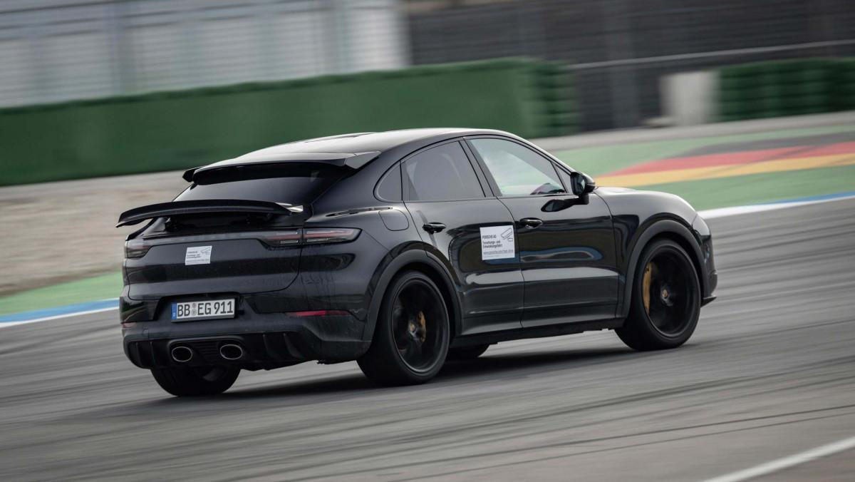 Porsche-Cayenne-Turbo-S-Coupe-4