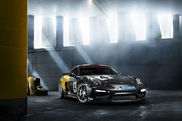 Porsche Cayman GT4 Clubsport-7