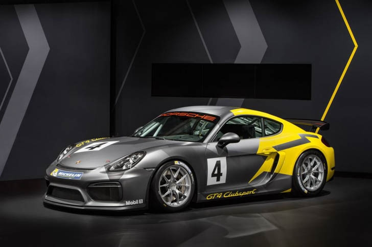 Porsche Cayman GT4 Clubsport-3
