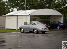Porsche Experience Centre. Silverstone