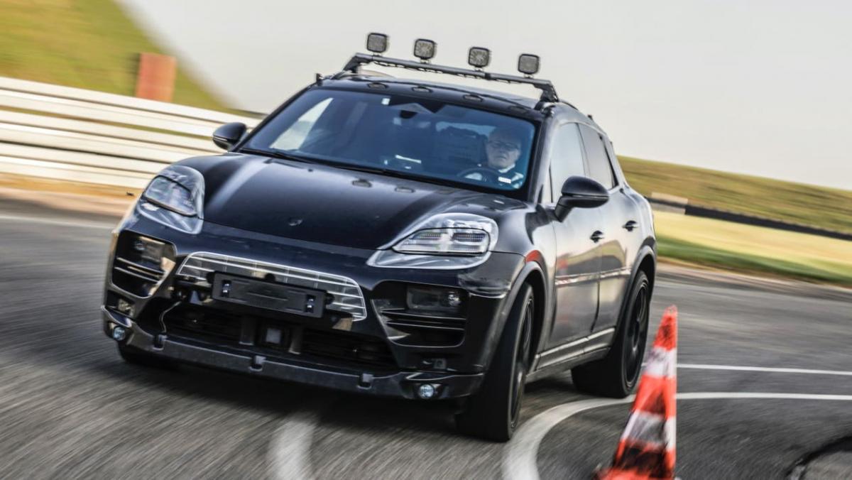 Porsche-Macan-EV-1