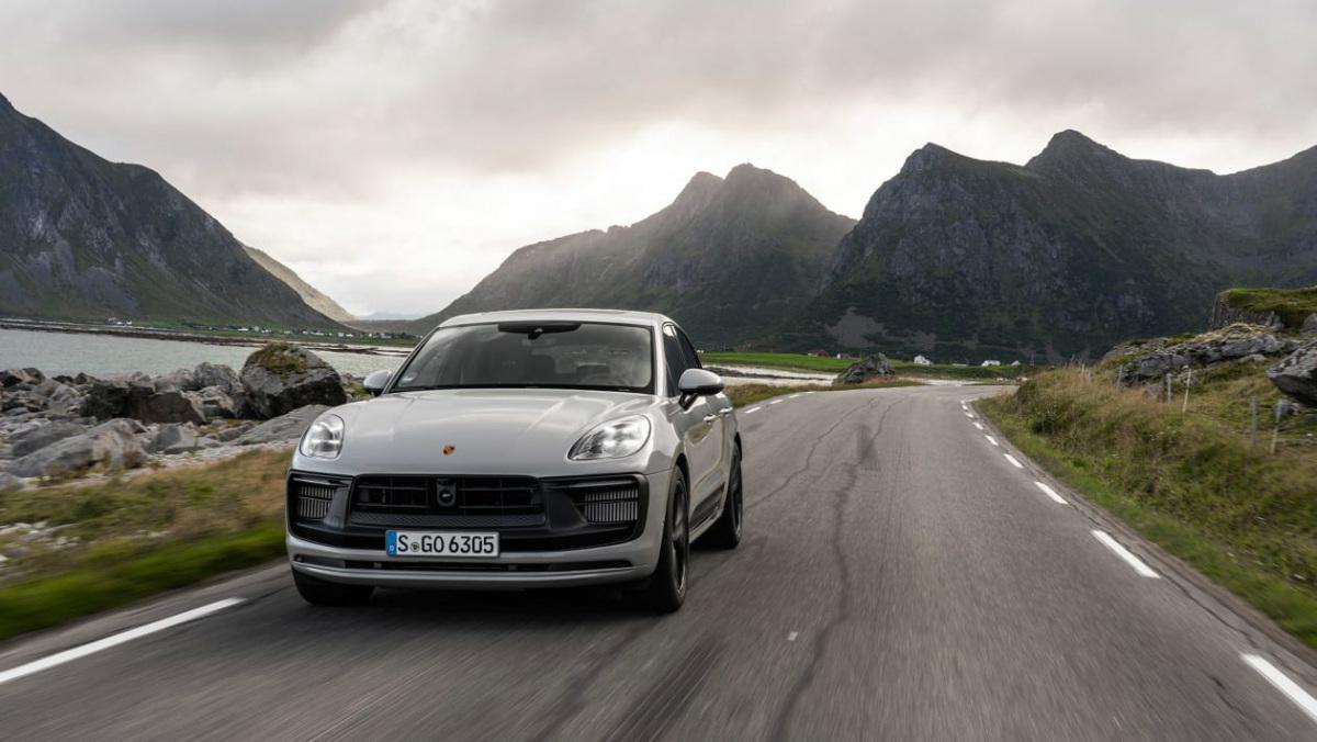 Porsche-Macan-GTS-2021-1