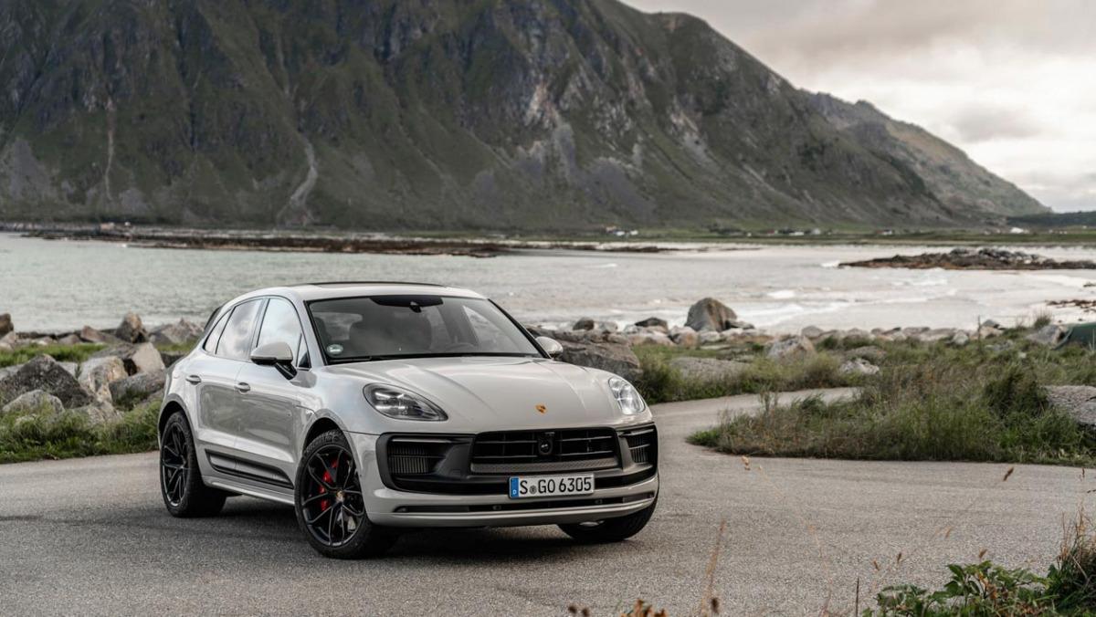 Porsche-Macan-GTS-2021-15