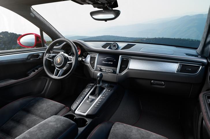 Porsche Macan GTS-08
