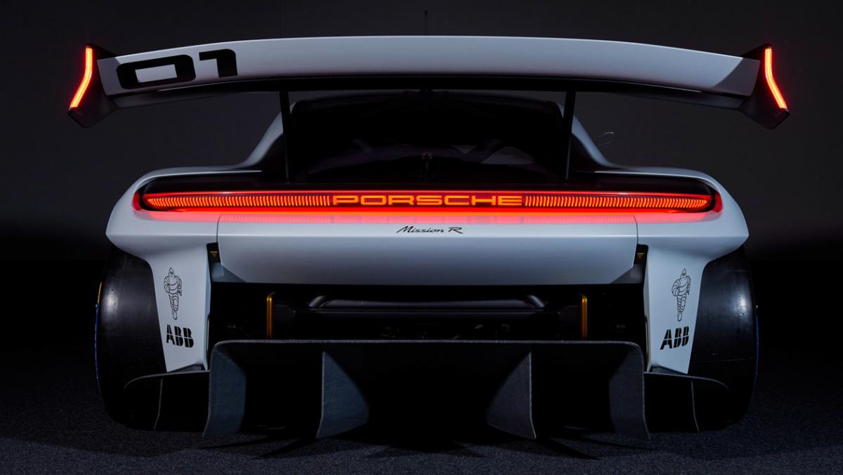 Porsche-Mission-R-8