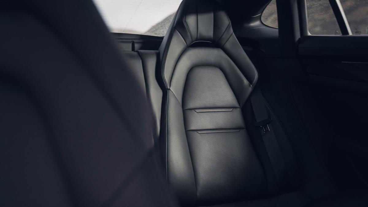 Porsche-Panamera-review-19