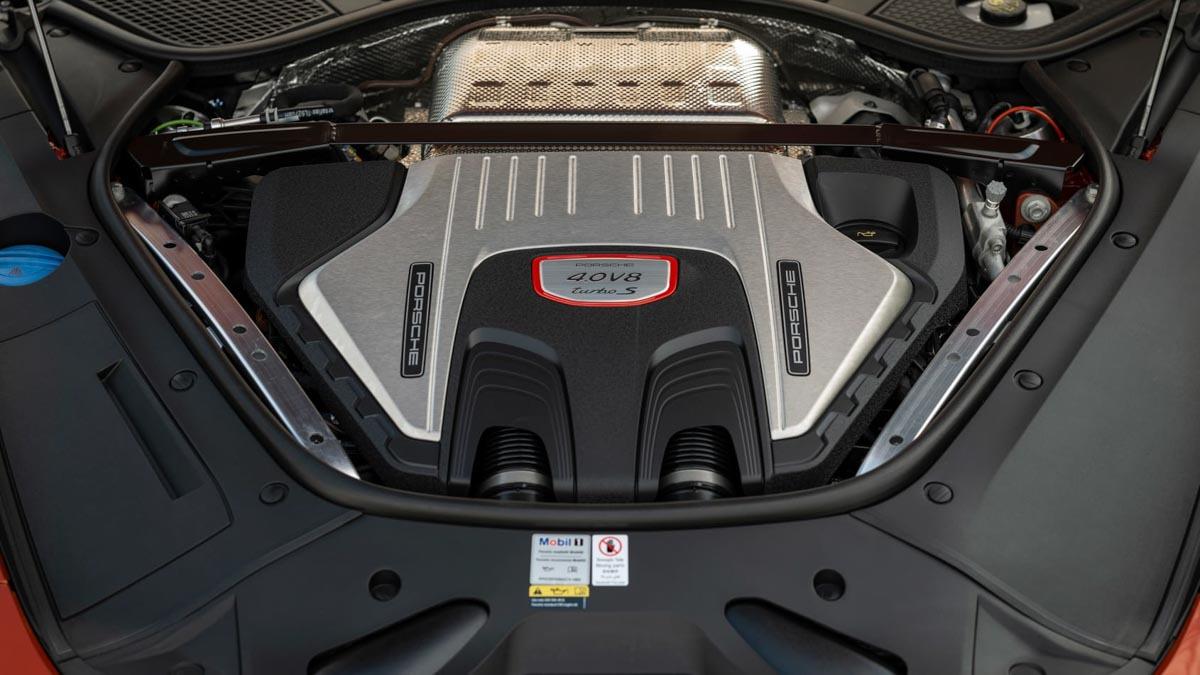 Porsche-Panamera-Turbo-S-14