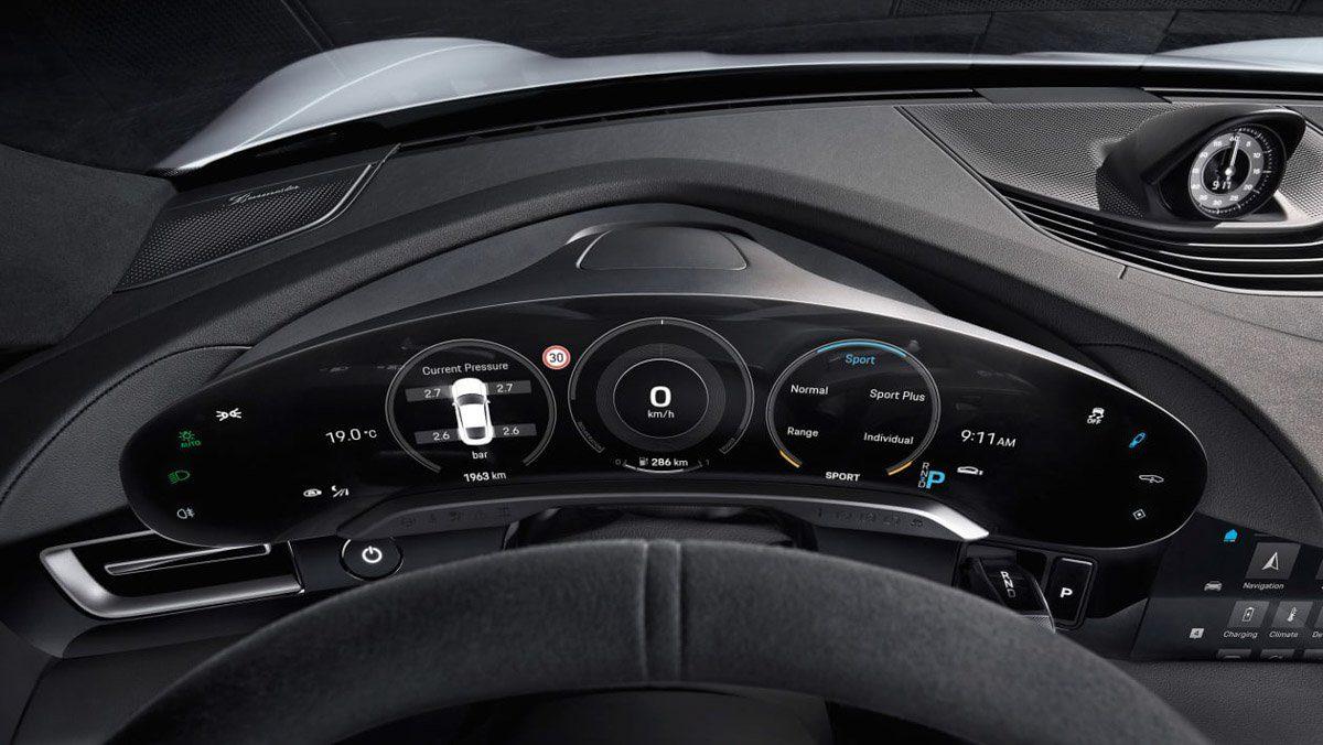 Porsche-Taycan-interior-3