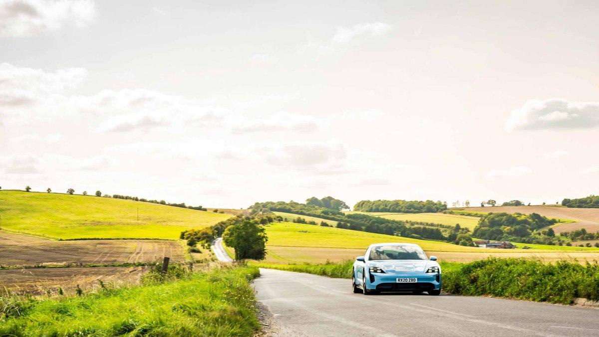 Porsche-Taycan-review-16