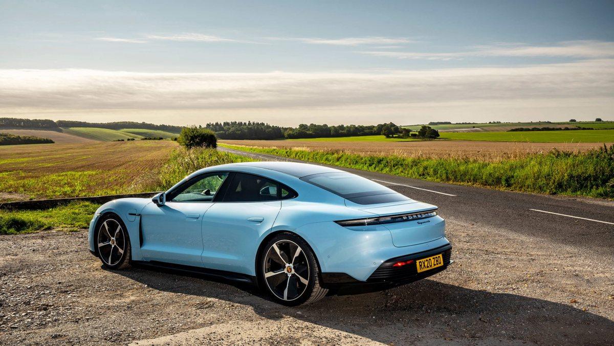 Porsche-Taycan-review-4