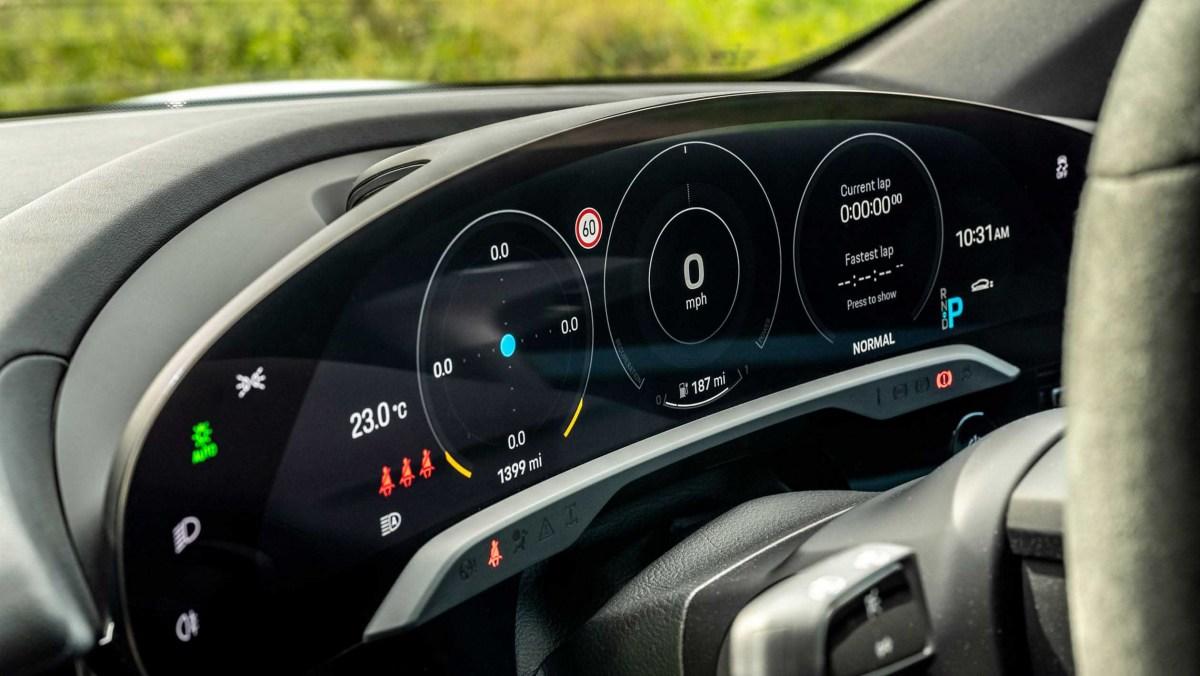Porsche-Taycan-review-8