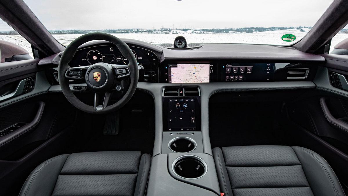 Porsche-Taycan-RWD-11