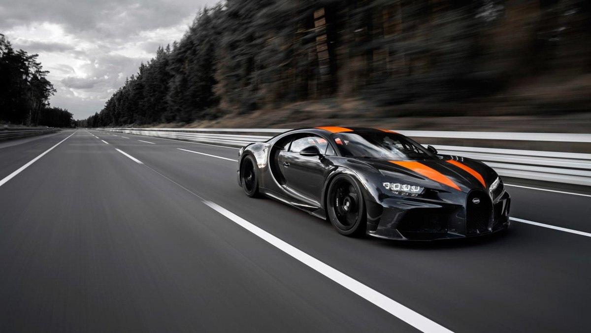 Prototype-Bugatti-Chiron-breaks-3