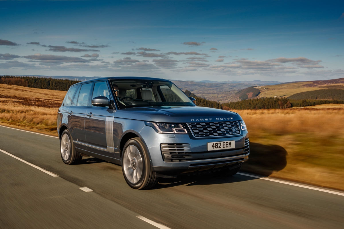 Range Rover PHEV review-1