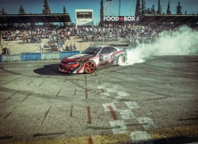 red-bull-car-park-drift-19