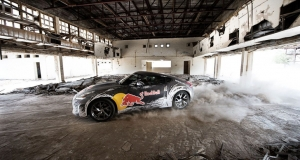 Red Bull Drift vs Parkour