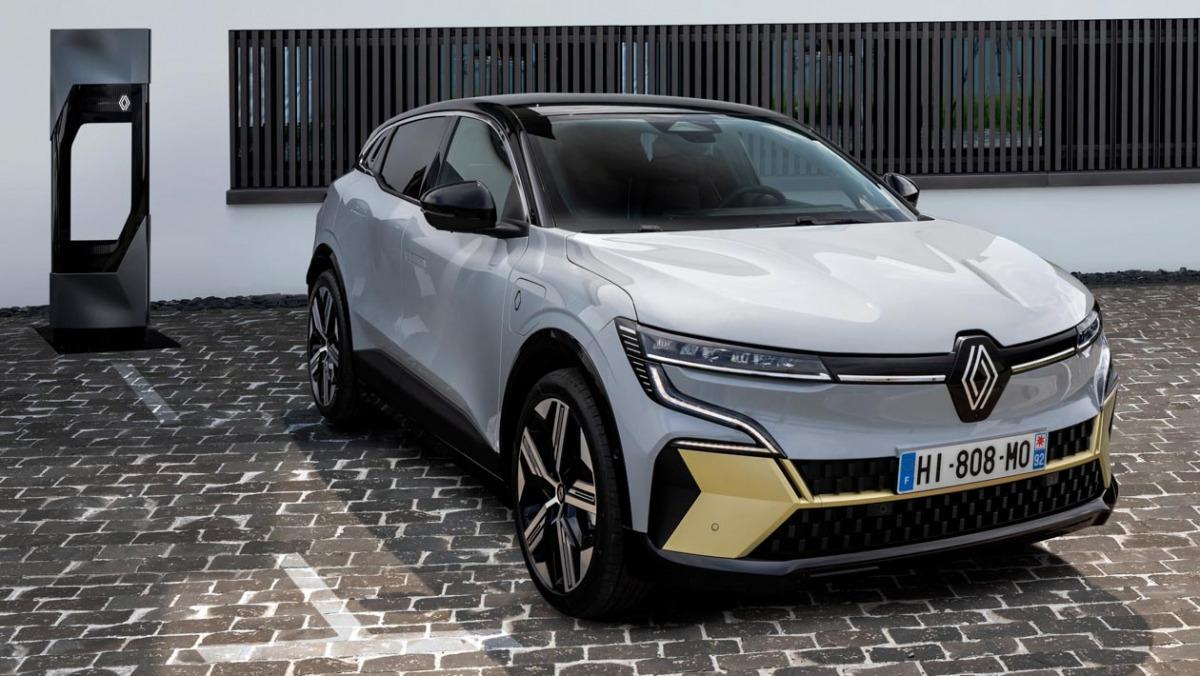 Renault-Megane-E-Tech-13