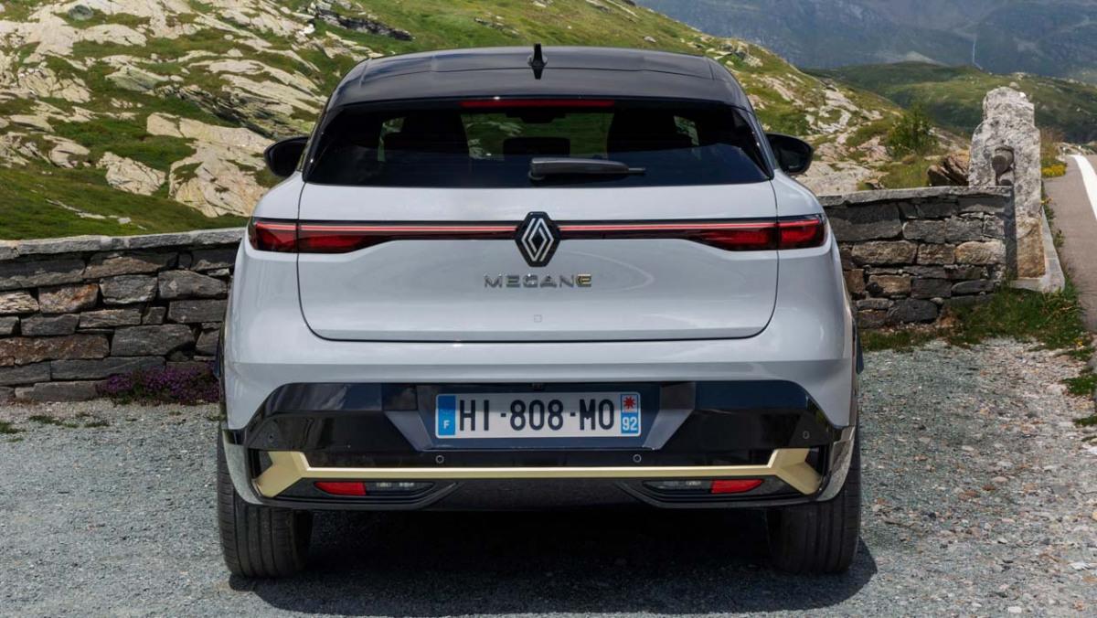 Renault-Megane-E-Tech-7