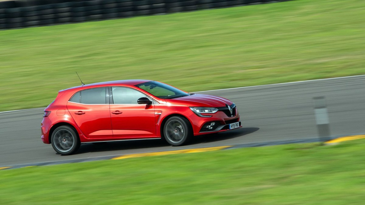 Renault-Megane-RS-sport-chassis-2020-10