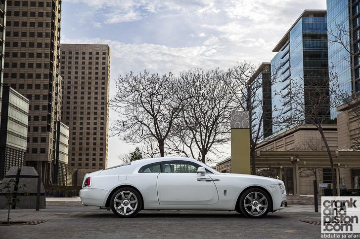 Rolls-Royce Wraith Inspired by Fashion 02