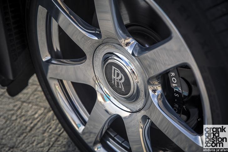 Rolls-Royce Wraith Inspired by Fashion 07