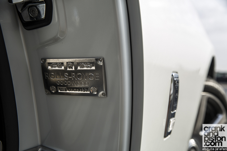 Rolls-Royce Wraith Inspired by Fashion 12