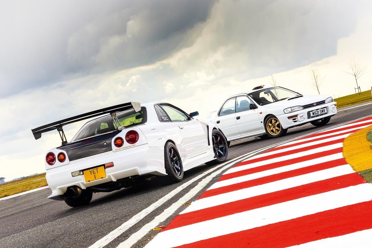 Subaru Impreza WRX vs Nissan Skyline GT-R-1