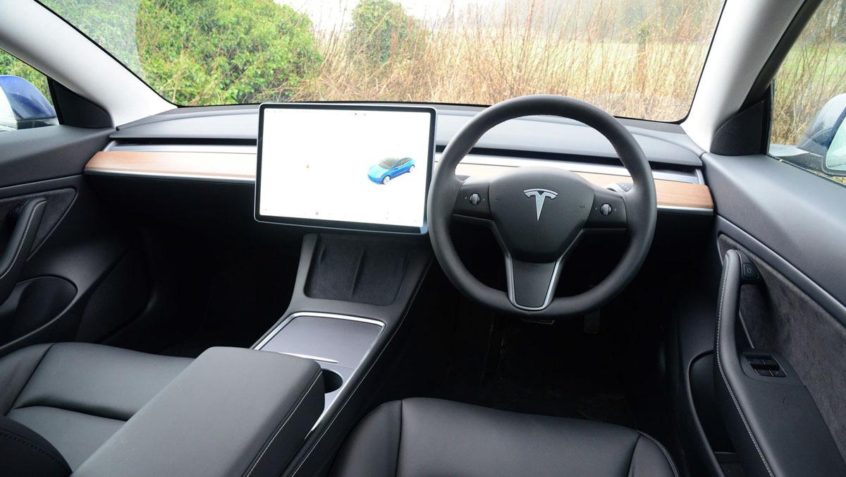 Tesla-Model-3-13