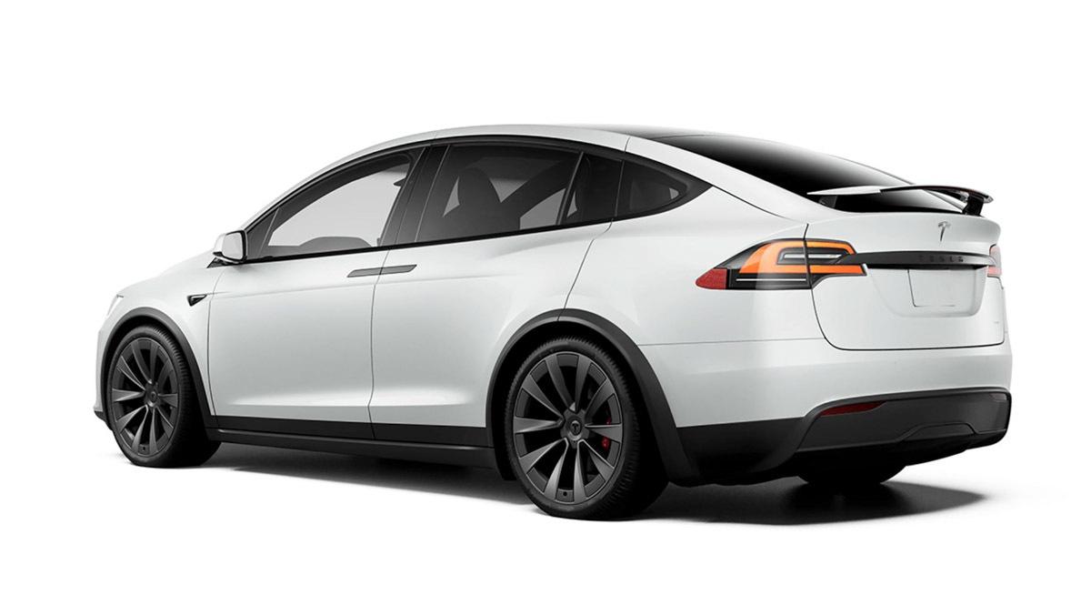 Tesla-Model-X-Plaid-2